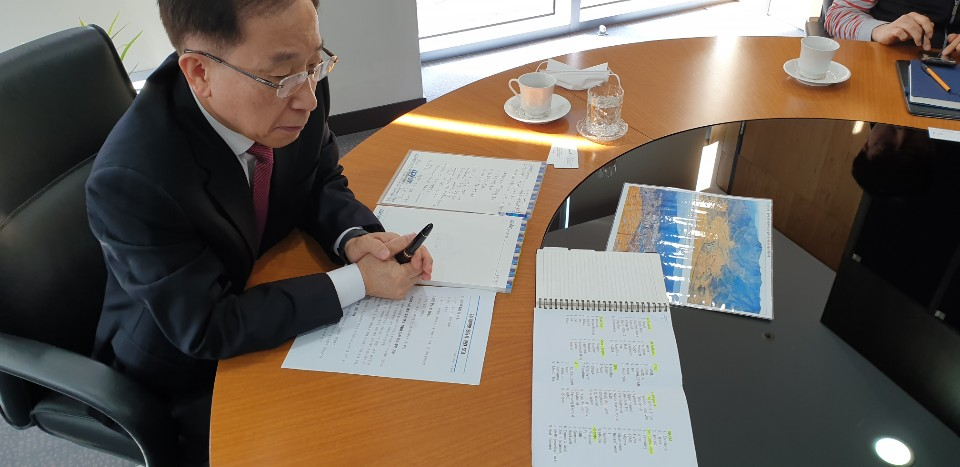 국양 DGIST(대구경북과학기술원) 총장이 글로벌 시장 관점에서 한국의 위치를 설명하고 있다. 지역 변화상도 함께 소개했다. [사진=김인한 기자]