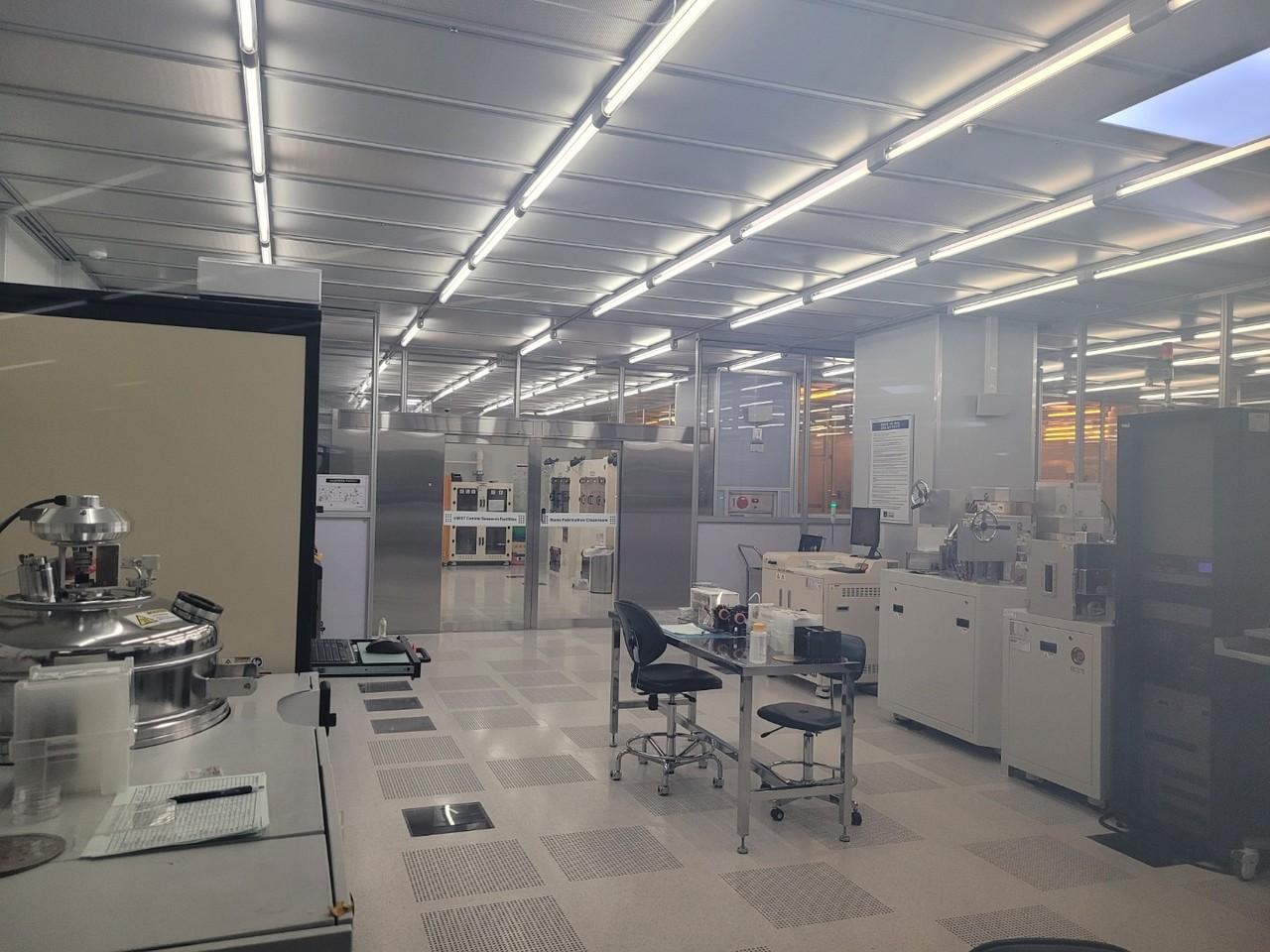 UNIST 연구지원본부(UCRF) 외관. 이곳에서 교내 연구진뿐만 아니라 지역 산업체도 기술을 검증하고 있다. [사진=김인한 기자]